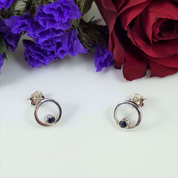 Picture of Sapphire ring earrings